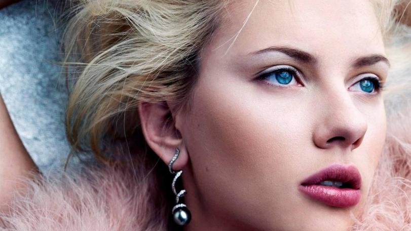 Beautiful Scarlett Johansson Blue Eyes Desktop Wallpaper